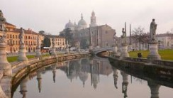 Padua, Prato della Vale, photography by jane gifford
